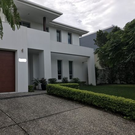 Rent this 1 bed house on Gold Coast in Ashmore, QLD