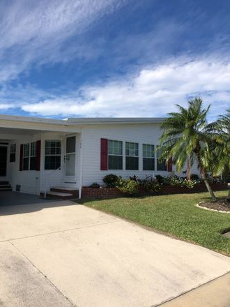 Rent this 3 bed house on US Hwy 301 N in Parrish, FL