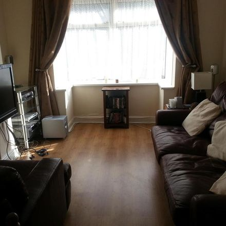 Rent this 3 bed house on Beckhampton Street in Swindon SN1 2JY, United Kingdom