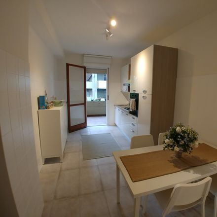 Rent this 20 bed room on Via Luigi Pellizzo in 2, 35128 Padova PD