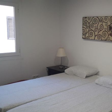 Rent this 3 bed room on Avinguda del Comte de Sallent in 29, 07003 Palma