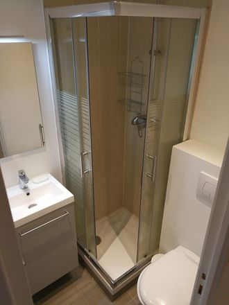 Rent this 0 bed apartment on 27 Boulevard Raimbaldi in 06000 Nice, Francia