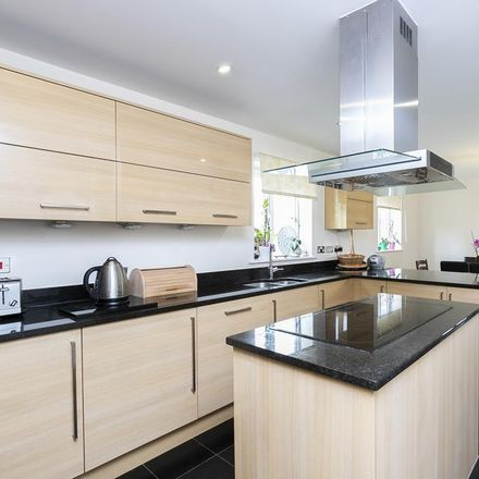 Rent this 6 bed house on Saint Margaret's Hospital in Kingswood Park, Epping Forest CM16 6FD