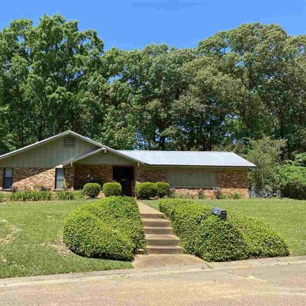 Rent this 4 bed house on 65 Glenway Place in Brandon, MS 39042