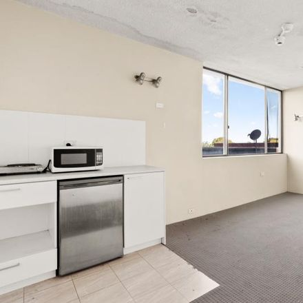 Rent this 1 bed room on 115 Bondi Road