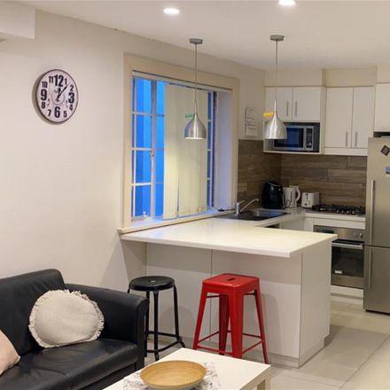 Rent this 4 bed apartment on 5/118 Bondi Road