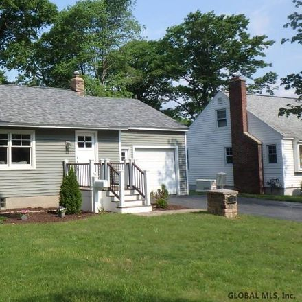 Rent this 3 bed house on Willow Ln in Schenectady, NY