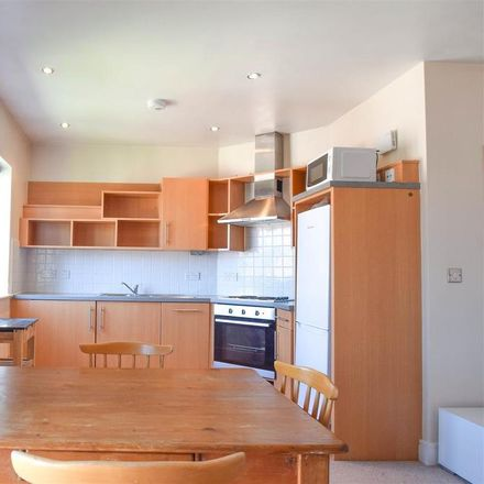 Rent this 2 bed apartment on Kingfisher House in Brinkworth Terrace, York YO10 3DF
