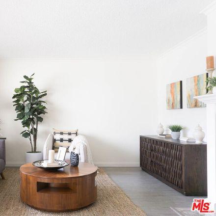 Rent this 2 bed condo on Pasadena Playhouse District in 497 South El Molino Avenue, Pasadena