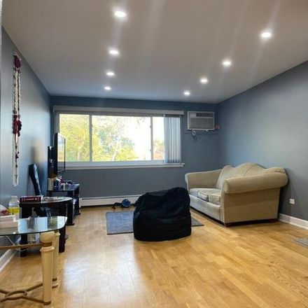 Rent this 1 bed condo on 8854 Briar Court in Cook County, IL 60016