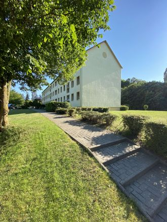 Rent this 4 bed apartment on Gingster Chaussee 16 in 18573 Dreschvitz, Germany