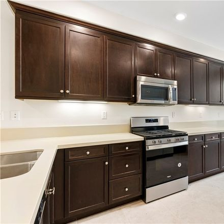 Rent this 2 bed condo on Plateau in Irvine, CA 92676