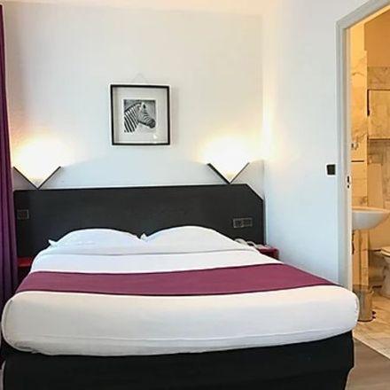 Rent this 1 bed apartment on 32 Rue des Longs-Prés in 92100 Boulogne-Billancourt, France