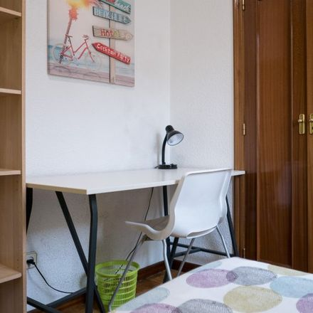 Rent this 5 bed apartment on Avenida Lope de Figueroa in 43, 28804 Alcalá de Henares