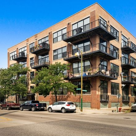 Rent this 2 bed loft on 1751 North Western Avenue in Chicago, IL 606476