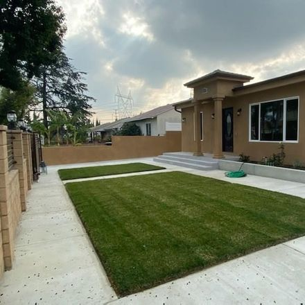 Rent this 7 bed duplex on 6501 Bonner Avenue in Los Angeles, CA 91606