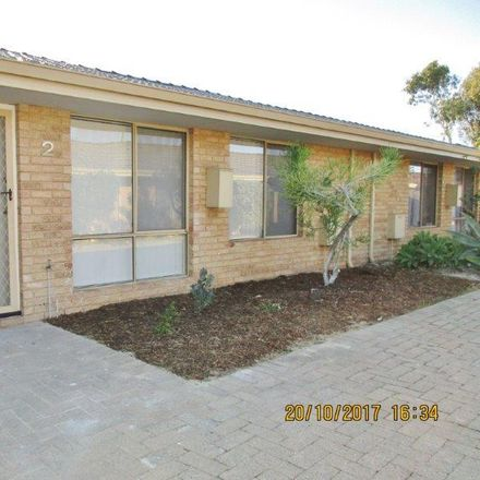 Rent this 2 bed townhouse on 2/70 Noranda Avenue