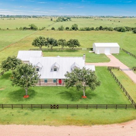 Rent this 3 bed house on 3271 Dakota Ln in Sealy, TX