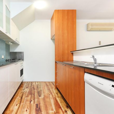 Rent this 1 bed apartment on 723/161 New South Head Road