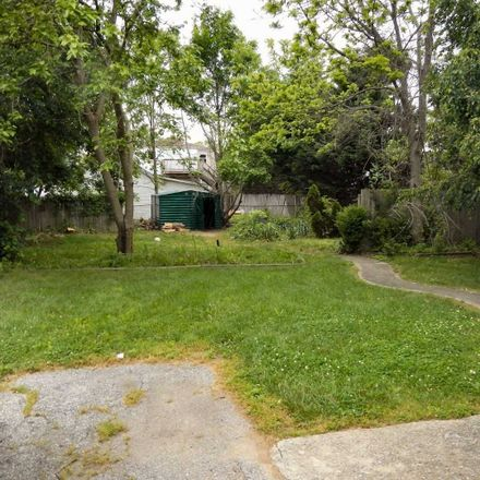 Rent this 3 bed apartment on 158 Oldfield Avenue in Amityville, NY 11701