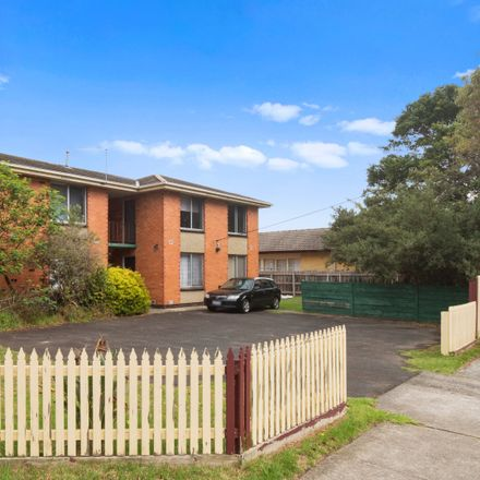 Rent this 1 bed apartment on 1/52 Boonong Avenue