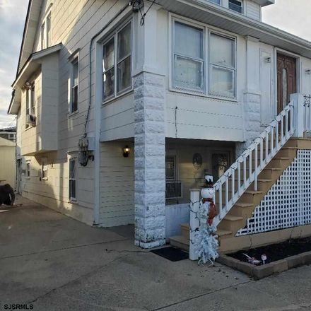 Rent this 2 bed duplex on 124 North Lafayette Avenue in Ventnor City, NJ 08406