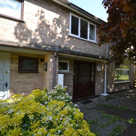 Rent this 3 bed house on 35 Forsythia Gardens in Wollaton NG7 2LW, United Kingdom