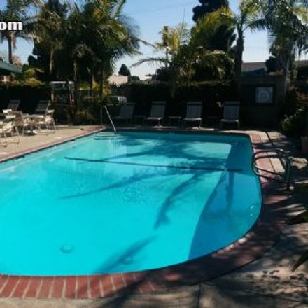 Rent this 3 bed house on Ave D in Torrance, CA 90717