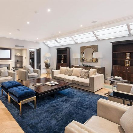 Rent this 7 bed house on Glynde Mews in London SW3 1AB, United Kingdom