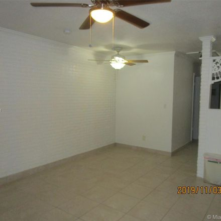 Rent this 1 bed duplex on 2990 Southwest 19th Terrace in Fort Lauderdale, FL 33315
