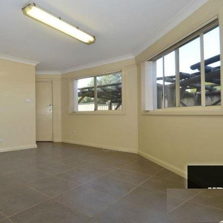 Rent this 2 bed apartment on 20a Telopea Street