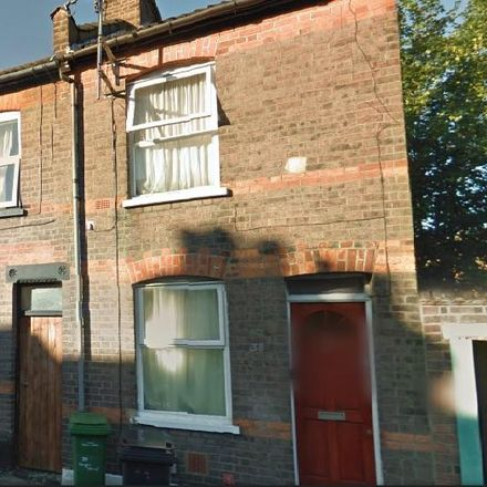 Rent this 2 bed apartment on Cowper Street in Luton LU1 3SQ, United Kingdom
