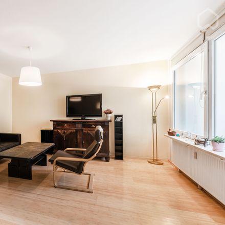 Rent this 3 bed apartment on Grandweg 154 in 22529 Hamburg, Germany