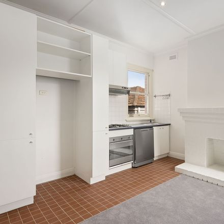 Rent this 1 bed apartment on 9/20 Hotham Street