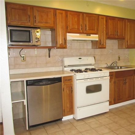 Rent this 2 bed house on 41 Chestnut Street in Town of Eastchester, NY 10707