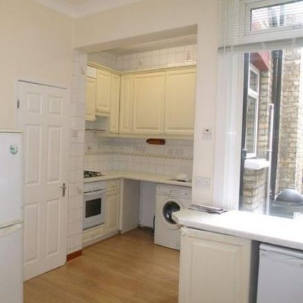 Rent this 3 bed house on York Road in London N11 2TH, United Kingdom