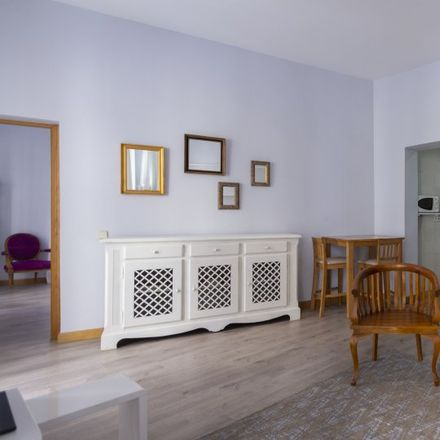 Rent this 1 bed apartment on Yakitoro by Chicote in Calle de la Reina, 28001 Madrid