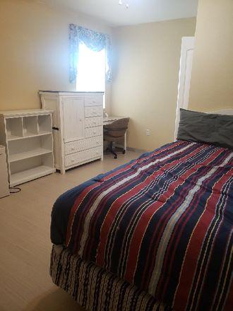 Rent this 1 bed room on 1116 Calanda Avenue in Orlando, FL 32807