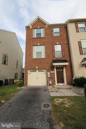 Rent this 4 bed townhouse on Crest Ct in Glen Burnie, MD