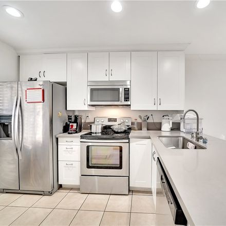 Rent this 2 bed townhouse on 252 Pineview in Irvine, CA 92620