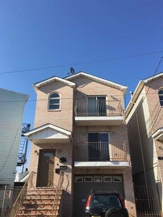Rent this 3 bed duplex on Long St in Jersey City, NJ