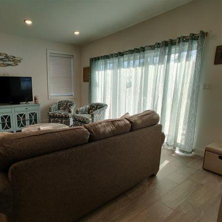 Rent this 3 bed duplex on 1 North Victoria Avenue in Ventnor City, NJ 08406