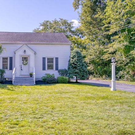 Rent this 3 bed house on 642 Pinewoods Avenue in Eagle Mills, Town of Brunswick