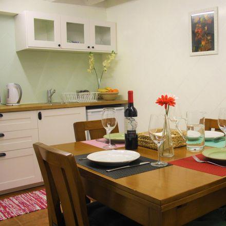Rent this 1 bed apartment on Rua do Conde de Ferreira in 4300 Bonfim, Portugal