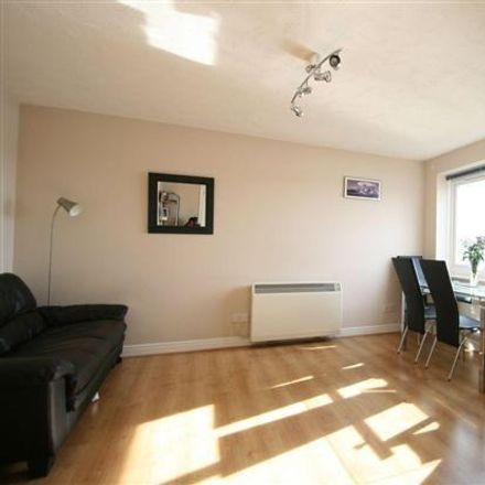 Rent this 2 bed apartment on Shahjalal Jame Masjid in 25 Hale Street, London E14 0BF