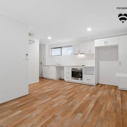 Rent this 1 bed house on 13/2 Delaronde Drive