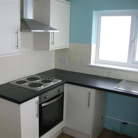 Rent this 3 bed house on Victoria Street in Scarborough YO12 7AX, United Kingdom