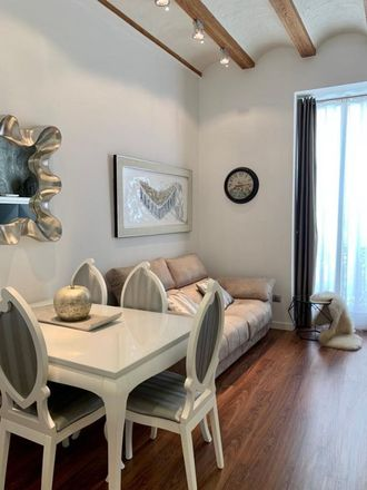 Rent this 3 bed apartment on Carrer de Pizarro in 10, 46004 Valencia
