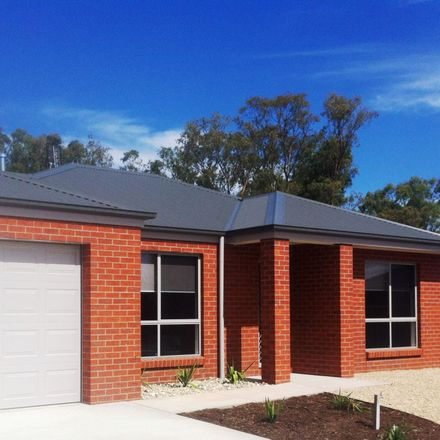 Rent this 3 bed house on 14 Caulfield  Drive