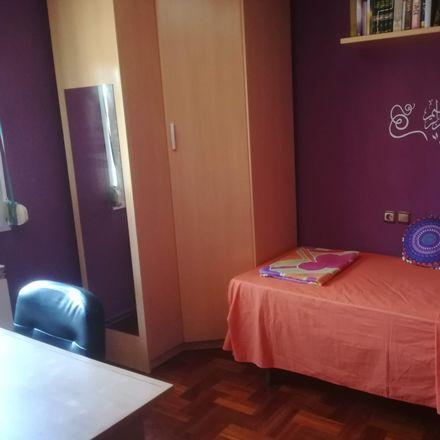 Rent this 3 bed room on Konkorrenea Kalea in 18, 20012 Donostia